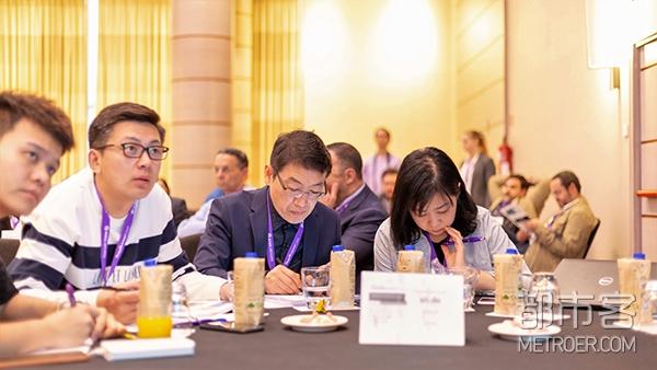 中国国内的众多知名儿科营养专家亲临雅培HMO专题峰会