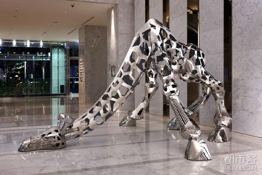 台北寒舍艾美酒店艺术作品 - Giraffe - Be My Guest - 李晖