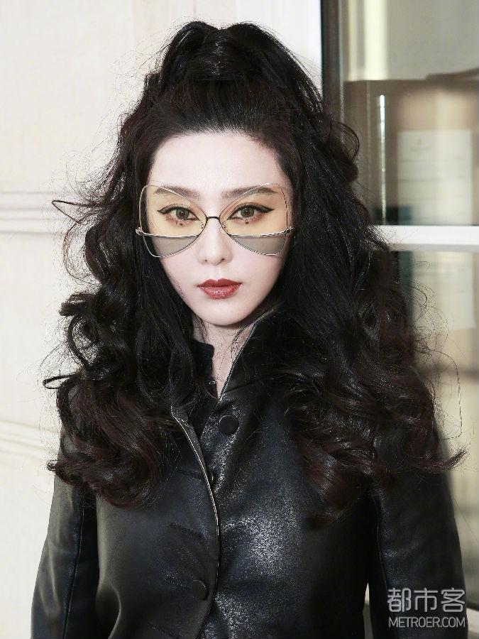 """范冰冰的女王范!暗黑猫女以""""镜""""制酷!"""