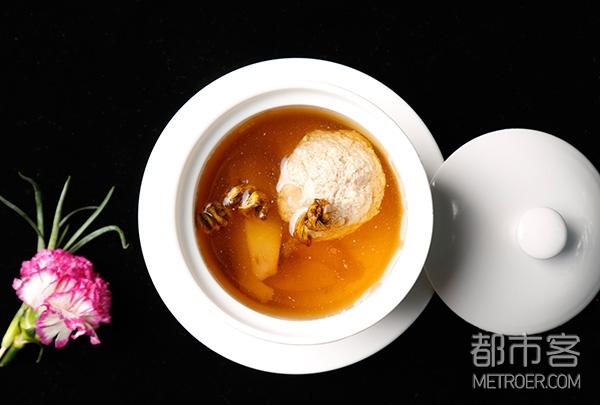 石斛松茸炖肉汁