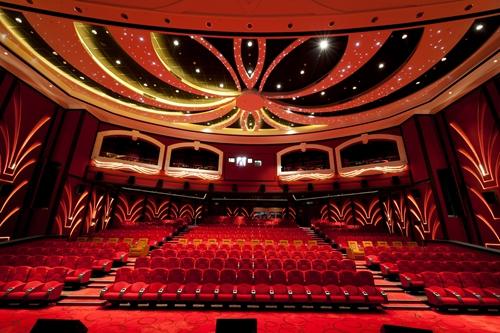 UA「银河影院」是澳门最大3D影城,满足观众对高质量感官享受的追求。
