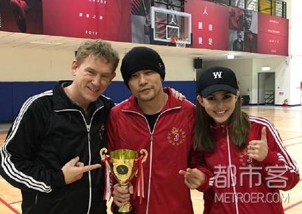 昆凌为周杰伦庆生办运动会